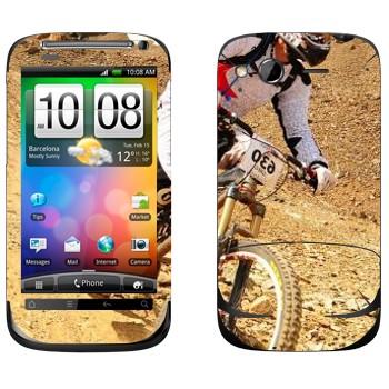 Виниловая наклейка «Горный велосипед» на телефон HTC Desire S
