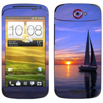 Виниловая наклейка «Парусник на закате» на телефон HTC One S