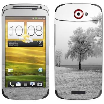 Виниловая наклейка «Заснеженное дерево» на телефон HTC One S
