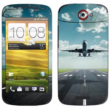 Виниловая наклейка «Взлетающий самолет» на телефон HTC One S