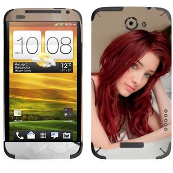 Виниловая наклейка «Красноволосая девушка на кровати» на телефон HTC One X