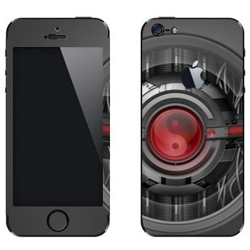 Виниловая наклейка «Инь-янь техно стиль» на телефон Apple iPhone 5