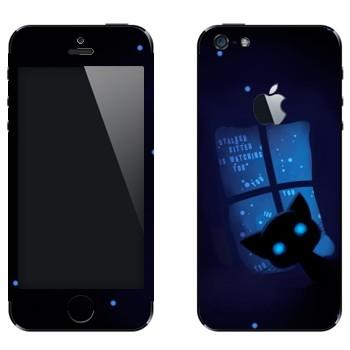Виниловая наклейка «Кошка ночью в окне» на телефон Apple iPhone 5