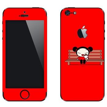 Виниловая наклейка «Девочка с мороженым на скамейке - Kawaii» на телефон Apple iPhone 5