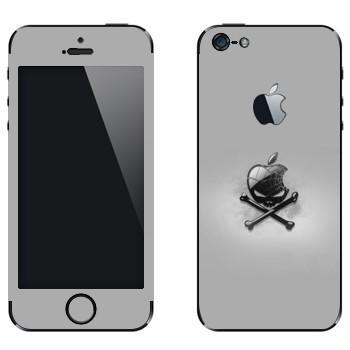 Виниловая наклейка «Логотип Apple в виде черепа с костями» на телефон Apple iPhone 5