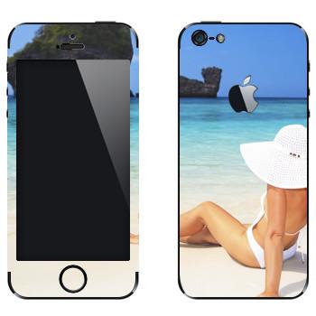 Виниловая наклейка «Девушка на пляже Майами» на телефон Apple iPhone 5