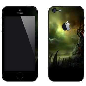 Виниловая наклейка «Где обитает страх» на телефон Apple iPhone 5