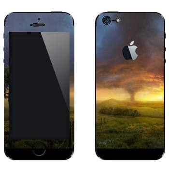 Виниловая наклейка «Торнадо в Стране Оз» на телефон Apple iPhone 5