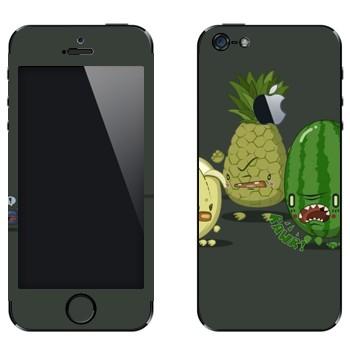 Виниловая наклейка «Злые фрукты» на телефон Apple iPhone 5