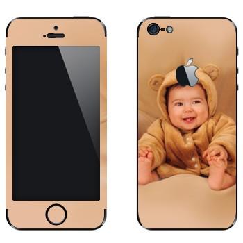 Виниловая наклейка «Ребенок-медвежонок» на телефон Apple iPhone 5