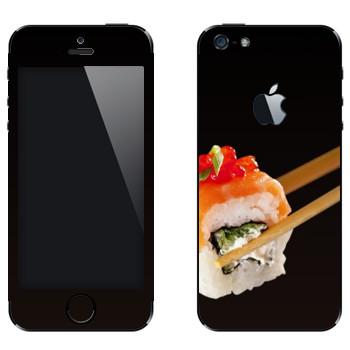 Виниловая наклейка «Суши, ролл» на телефон Apple iPhone 5