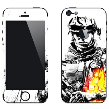 Виниловая наклейка «Battlefield 3 - солдат» на телефон Apple iPhone 5