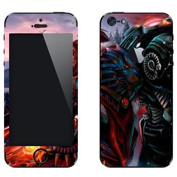 Виниловая наклейка «StarCraft vs Warcraft» на телефон Apple iPhone 5