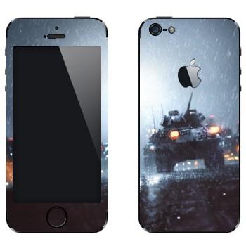 Виниловая наклейка «БМП - Battlefield» на телефон Apple iPhone 5