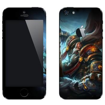 Виниловая наклейка «Паладин гном - World of Warcraft» на телефон Apple iPhone 5