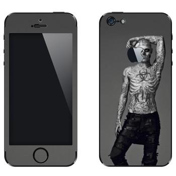 Виниловая наклейка «Рик Дженест - Zombie Boy» на телефон Apple iPhone 5