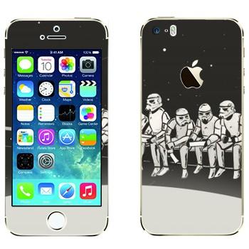 Виниловая наклейка «Штурмовики из Звездных войн» на телефон Apple iPhone 5S