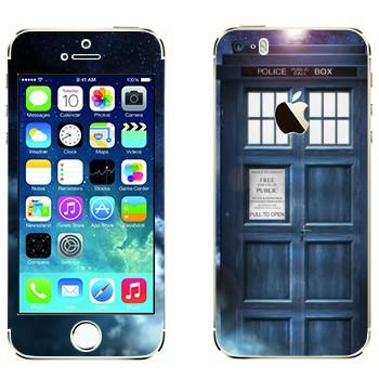 Виниловая наклейка «Доктор Кто - Тардис» на телефон Apple iPhone 5S