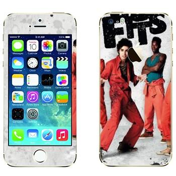 Виниловая наклейка «Отбросы 1-й сезон» на телефон Apple iPhone 5S