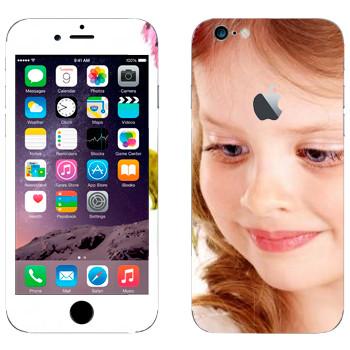 Виниловая наклейка «Девочка» на телефон Apple iPhone 6/6S