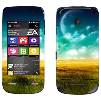 Виниловая наклейка «Поле, небо и Луна» на телефон Nokia Asha 311
