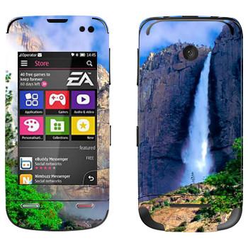 Виниловая наклейка «Водопад» на телефон Nokia Asha 311