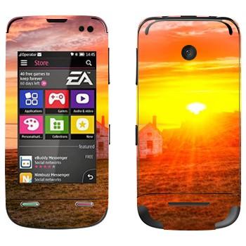 Виниловая наклейка «Закат в деревне» на телефон Nokia Asha 311