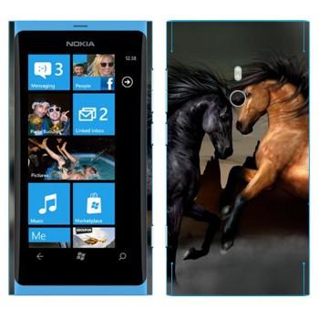 Виниловая наклейка «Черная и гнедая лошади» на телефон Nokia Lumia 800
