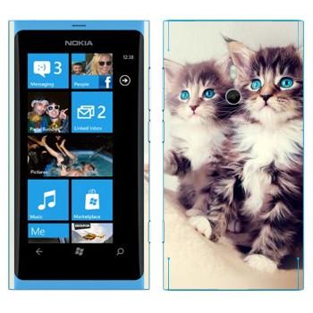 Виниловая наклейка «Котята» на телефон Nokia Lumia 800