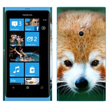 Виниловая наклейка «Красная панда» на телефон Nokia Lumia 800