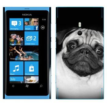 Виниловая наклейка «Мопс» на телефон Nokia Lumia 800