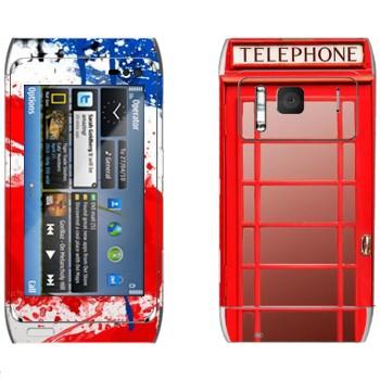 Виниловая наклейка «Красная телефонная будка» на телефон Nokia N8