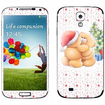 Виниловая наклейка «Тедди медвежата обнимаются под елкой - Новый Год» на телефон Samsung Galaxy S4
