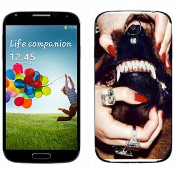 Виниловая наклейка «Givenchy Собачий оскал» на телефон Samsung Galaxy S4