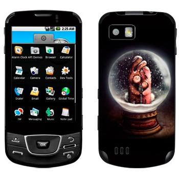 Виниловая наклейка «Сувенир-шарик стеклянный со снегом» на телефон Samsung Galaxy