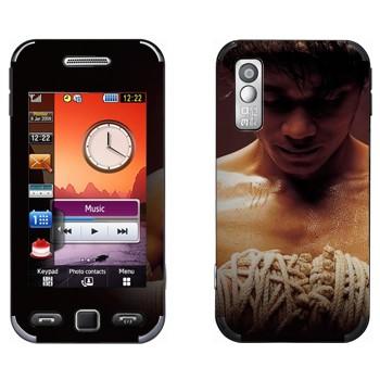 Виниловая наклейка «Боец Муай Тай» на телефон Samsung S5230
