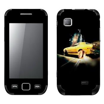 Виниловая наклейка «Желтый ретро-спорткар» на телефон Samsung Wave 525
